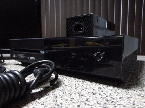 xbox one (black) + televisión insignia 24 pulgadas full