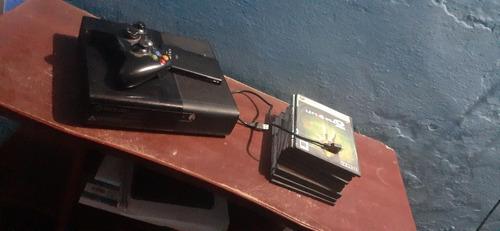 xbox360 des trabado con 10 juegos incluida un disco interno