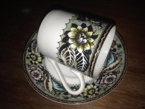 xícara c/ pires antigos para chá e café em porcelana real