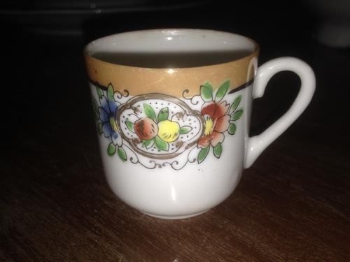xícara c/ pires para chá e café em porcelana antiga