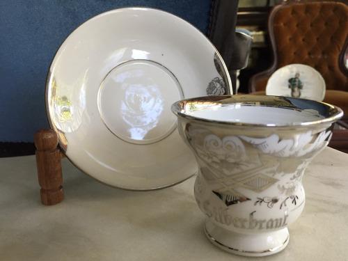 xicara e pires porcelana alemã. #5461