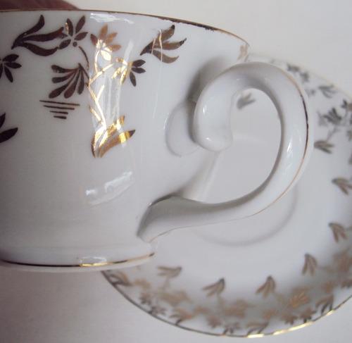 xícara grande chá e café porcelana steatita anos 60 dourados