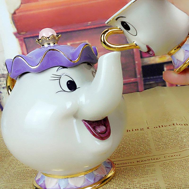 Xícara Porcelana Desenho Bela E A Fera Disney Coleção