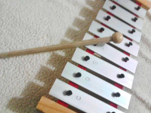 xilófonos 8 notas placa metalica  incluye golpeador