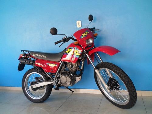 xlr 125  vermelha 1999 revisada e com garantia!!!