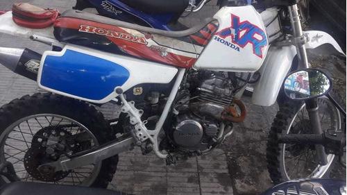 xr 250 japon con detalles de estetica motor 10 púntos