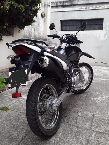 xr150 negra