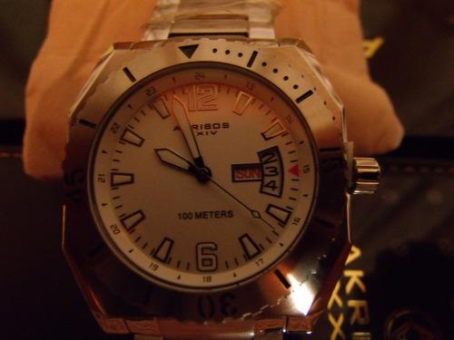 xxiv hombre reloj akribos