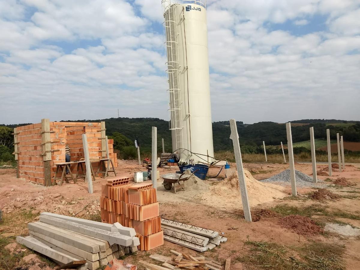 y terrenos p/chácara 1000m² prontos p/construção c/água
