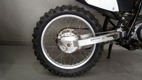yamaha 230 motos
