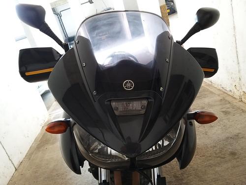 yamaha alto cilindraje 900cc venpermuto permuto cambio carro