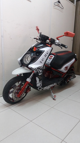yamaha bws modificada (negociable)