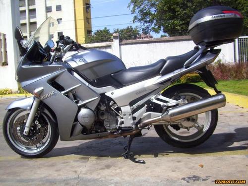 yamaha fj300 501 cc o más