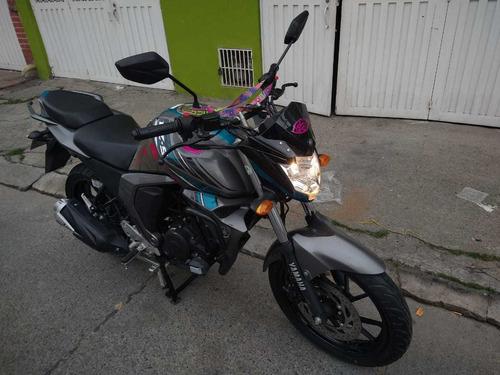 yamaha fz 150 gris - azul