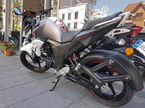 yamaha fz 2.0 blanca y gris permuto financio c/dni qr motors