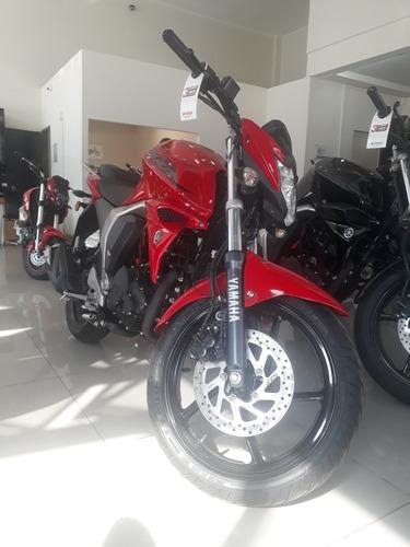 yamaha fz fi s  fz 16 okm cycles moto
