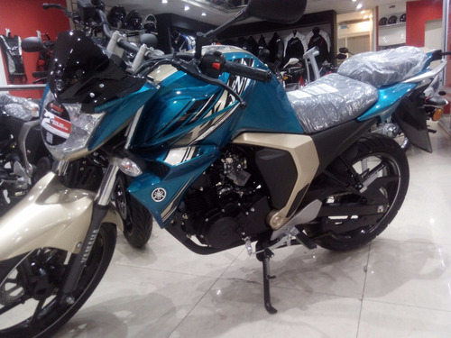 yamaha fz s fi  tel 4792-7673 motolandia!!!