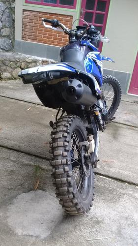yamaha lander moto cross