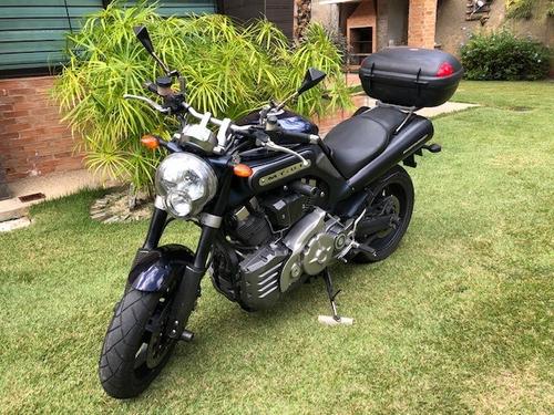 yamaha mt-01 de 1700 cc