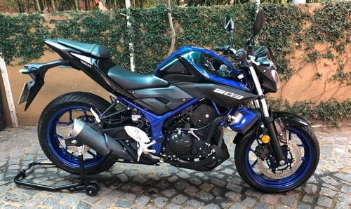 yamaha mt 03  (*no ktm 390 tnt 300 mt03)