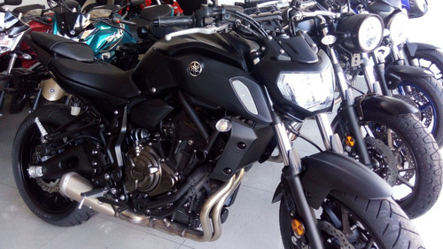 yamaha mt 07  !!! dolar billete