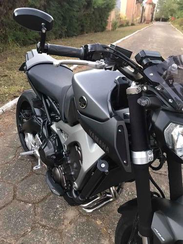 yamaha mt-09 naked 850cc