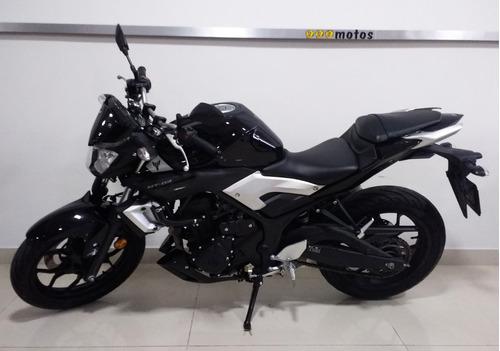 yamaha naked motos