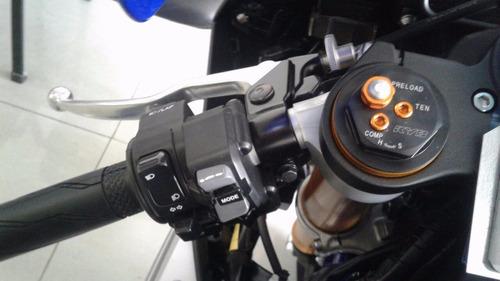 yamaha r1 0km motolandia!! tel  4792-7673