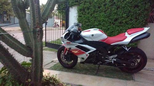 yamaha r1 2008 muy cuidada