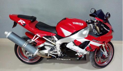 yamaha r1 modelo: 2001´ rodada: 2003´ impecable.!!