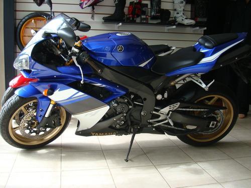 yamaha r1 modelo 2008 con 27.500km