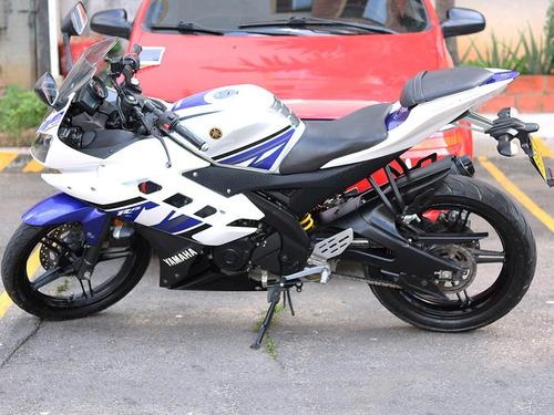 yamaha r15 v2.0 modelo 2014