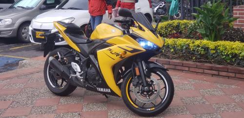 yamaha r3 - 321 cc - personalizada