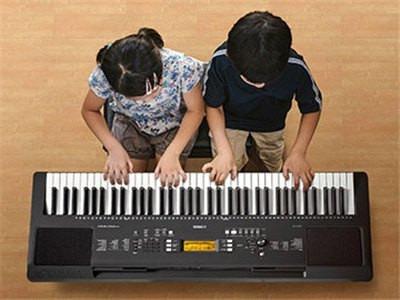 yamaha teclado psr e363 paquete funda atril audifonos 12 msi