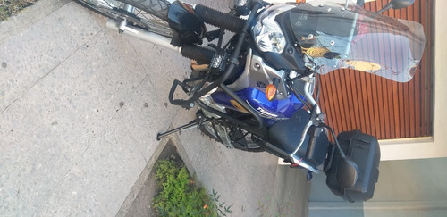 yamaha tenere 250 motocicleta
