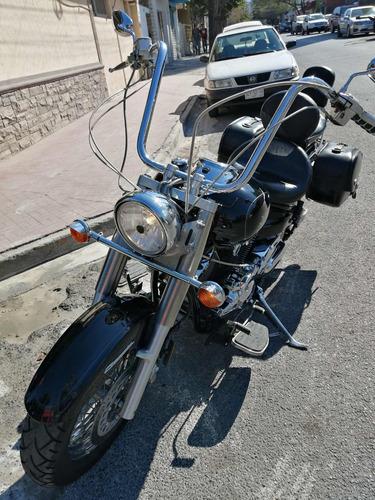 yamaha vstar 1100cc. 2002