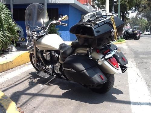 yamaha vstar 1300cc, mod. 2008.