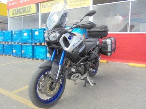 yamaha xt1200, super tenere, color gris-negro