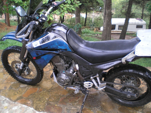 yamaha xt660r 2008 / 2200 usd / whatsapp 73681149