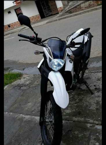 yamaha xt660r blanca