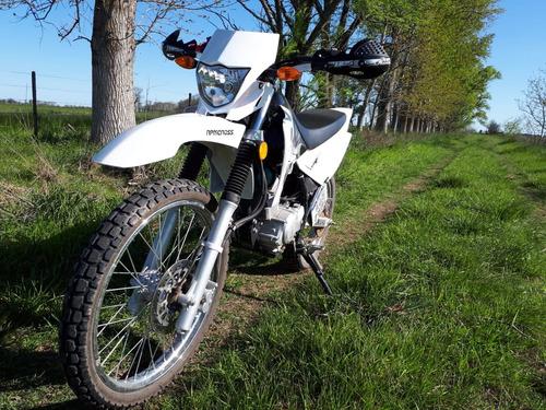 yamaha xtz 125 blanca