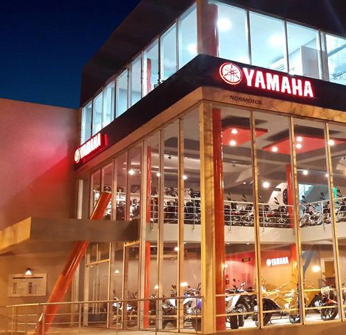 yamaha ybr125ed normotos retira hoy con casco