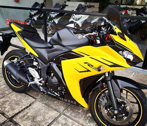 yamaha yzf r3 2019 motorcycle whatsapp :: +15712297376
