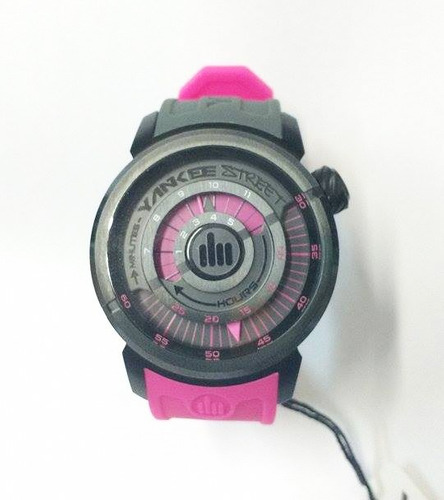 yankee street relógio