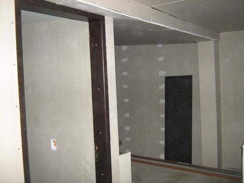 yeso, colocación de pisos en gral., revestimientos, techos