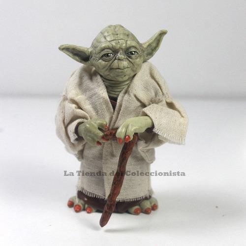 yoda star wars figura disney detallada de coleccion