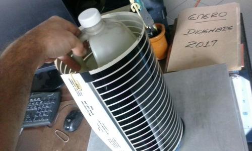 yogurtera gigante hasta galón y medio en una vasija
