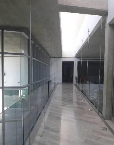 yosmar muñoz vende casa en guataparo country club asc-002