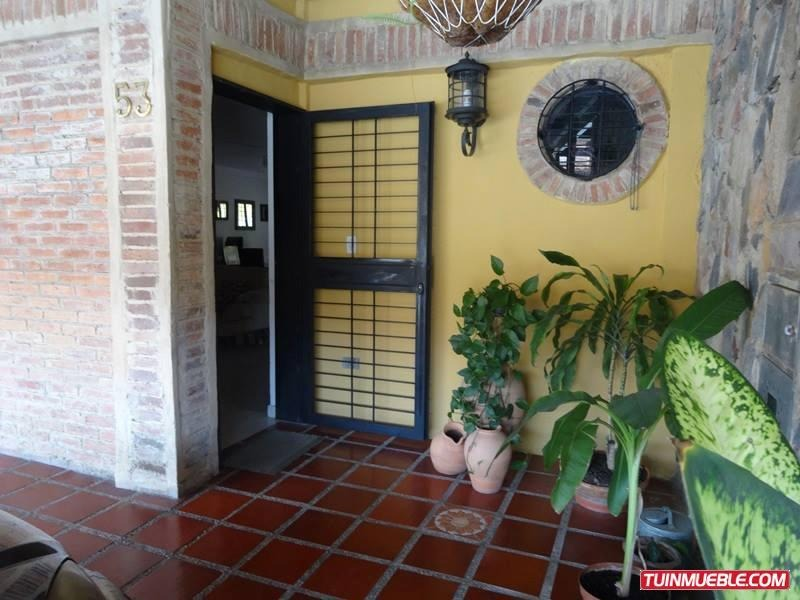 yosmar muñoz vende tonwhouse en san diego math-130