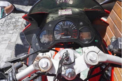 yumbo r8 200cc